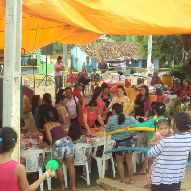 Formación de líderes en desarrollo comunitario