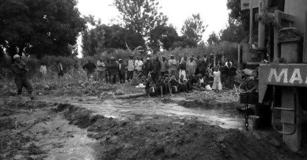 ¡Kithunthi ya tiene agua… y pronto un pozo!