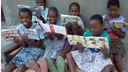 Escolarització de 30 nenes i joves del carrer