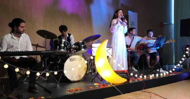 ¡Magnífico concierto de Cosmic Lala!